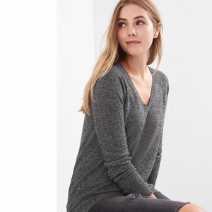GAP Black Sand Brooklyn V-Neck Raglan Sweater